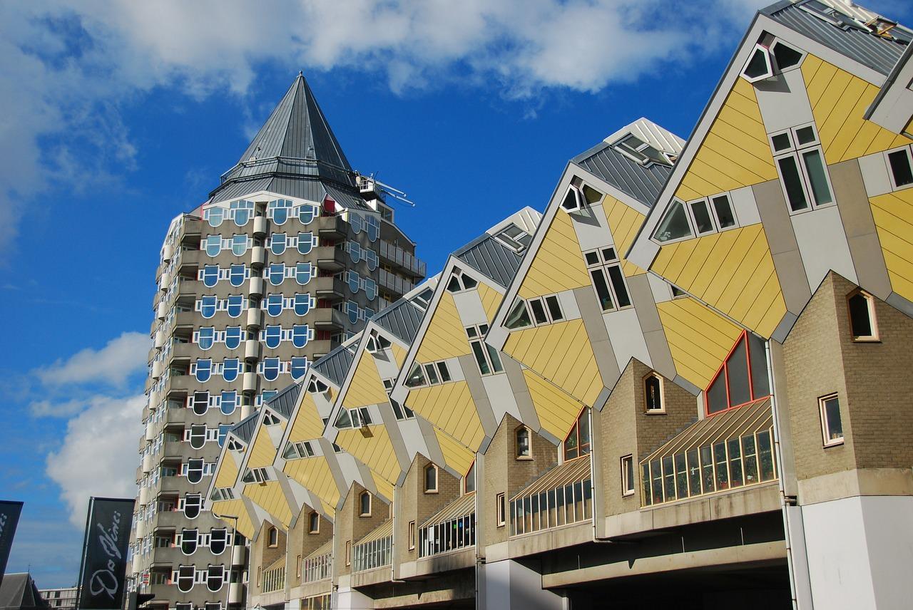 Roterdama, Kubu mājas, Kubiku mājas, Blūma torņi, Nīderlande, Holande, ceļojums, ekskursija Nīderlandē, arhitektūra
