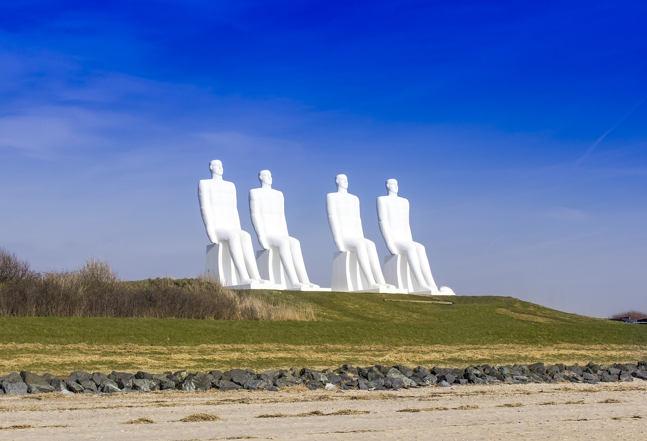 Esbjerg, Dānija, Statuja, vīrs kurš vēro jūru, piemineklis, Ostas pilsēta, ekskursija, Legoland, Stena Line